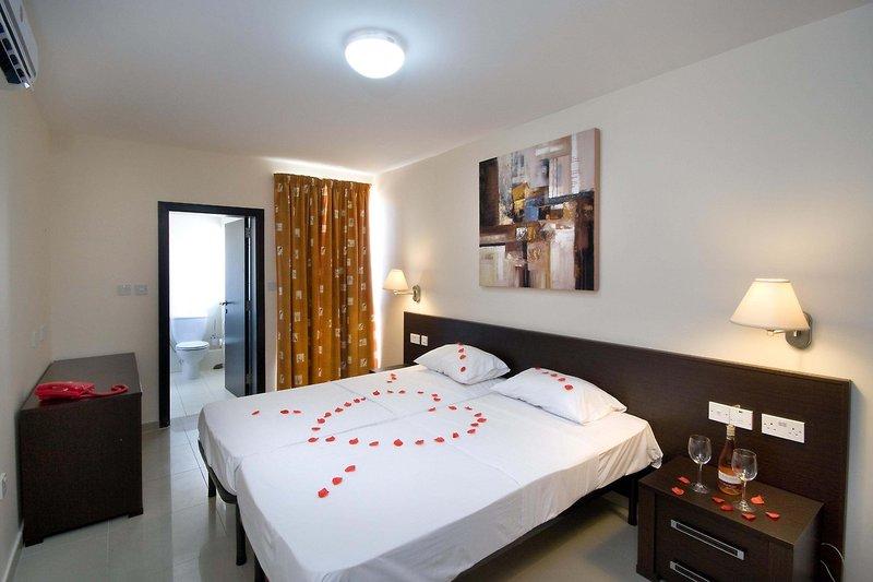 bay-view-appartements-malta-malta-sliema-morze.jpg