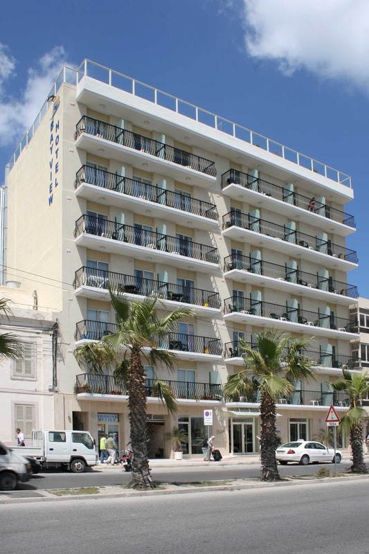 bayview-apartments-malta-malta-sliema-recepcja.jpg