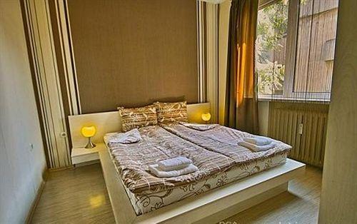 liza-apartment-bulgaria-restauracja.jpg
