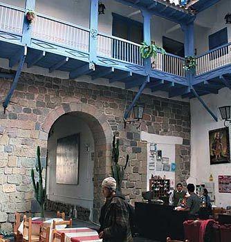 hostal-inti-wasi-plaza-de-armas-cusco-peru-recepcja.jpg