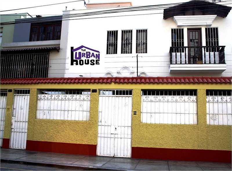 the-urban-house-peru-peru-lima-basen.jpg