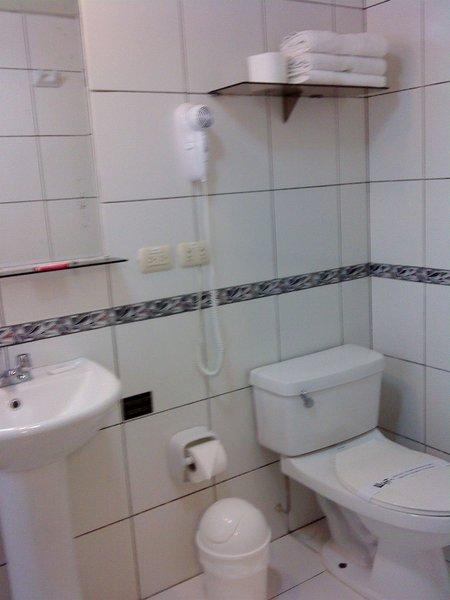 llaqta-hotel-hostel-llaqta-hotel-hostel-peru-peru-recepcja.jpg
