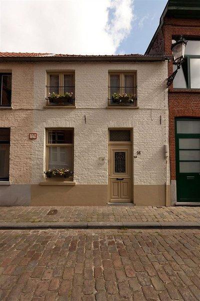 Bruges @ Home