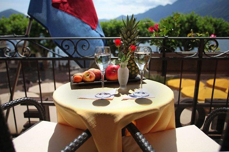 al-faro-szwajcaria-bar.jpg