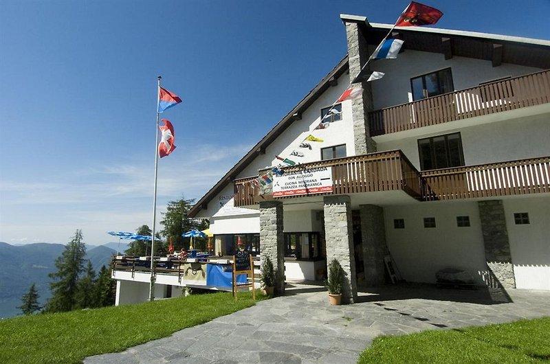 albergo-cardada-szwajcaria-sport.jpg