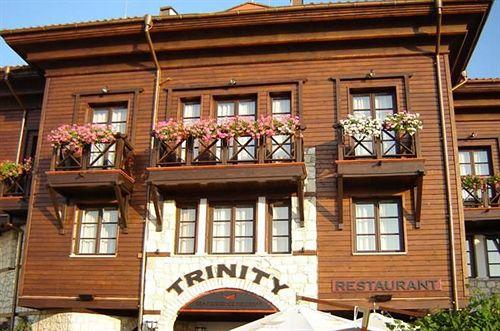trinity-sea-residence-nessebar-bulgaria-sloneczny-brzeg-burgas-nessebar-bar.jpg