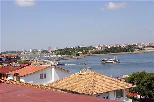 trinity-sea-residence-nessebar-bulgaria-sloneczny-brzeg-burgas-nessebar-budynki.jpg