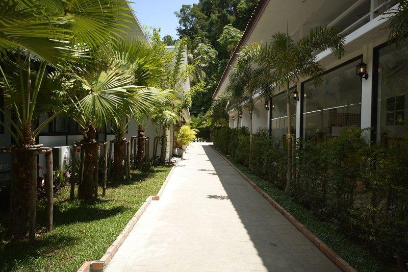Seafront Thai Resort