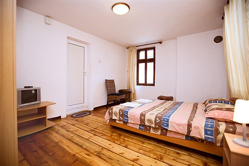 guest-rooms-plovdiv-bulgaria-bulgaria-srodkowa-plovdiv-widok.jpg