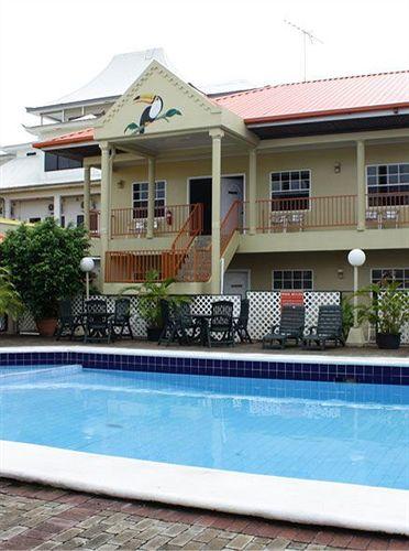 north-resort-surinam-surinam-paramaribo-plaza.jpg
