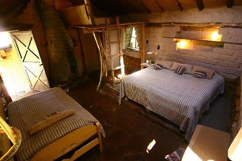 las-chullpas-eco-lodge-las-chullpas-eco-lodge-peru-peru-basen.jpg