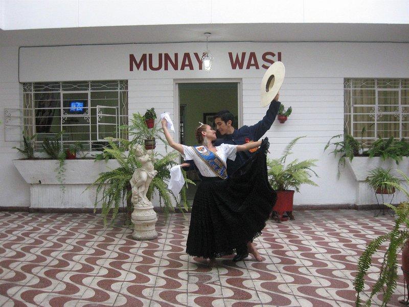 residencial-munay-wasi-peru-peru-trujillo-bar.jpg