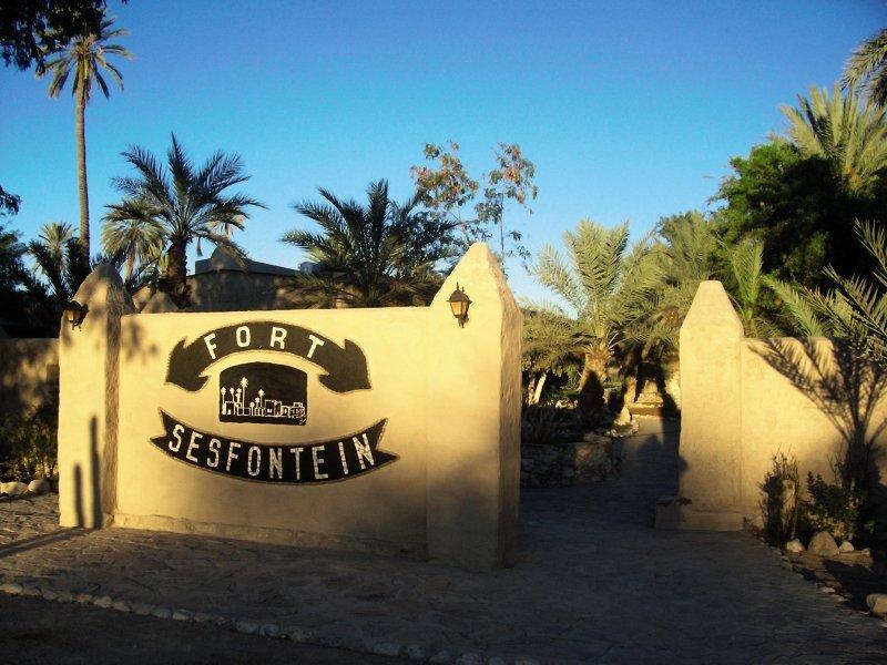 fort-sesfontein-lodge-spa-fort-sesfontein-lodge-spa-namibia-namibia-pokoj.jpg