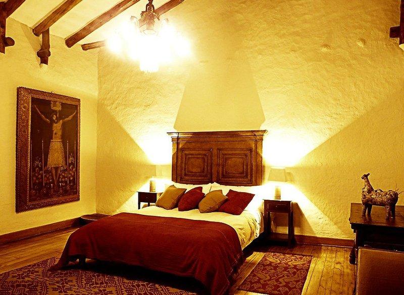 luxury-home-san-jeronimo-cusco-peru-peru-cusco-bar.jpg