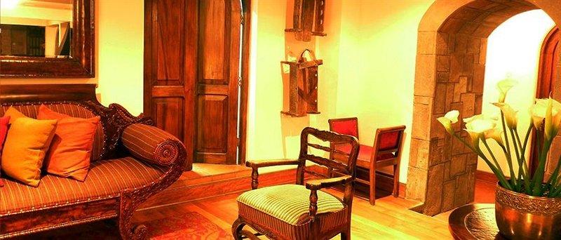 luxury-home-san-jeronimo-cusco-peru-peru-cusco-bufet.jpg