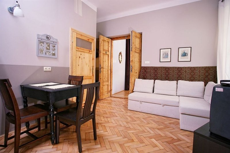 antique-apartments-asnyka-polska-polska-pokoj.jpg