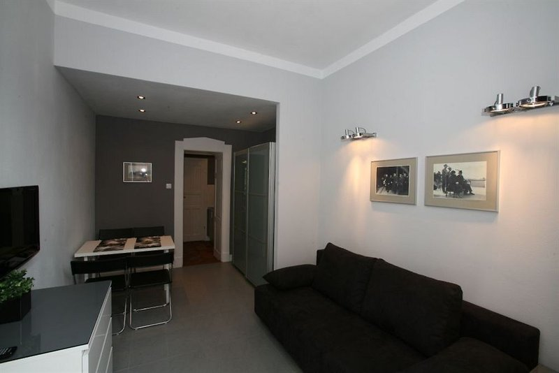 antique-apartments-slawkowska-polska-polska-krakow-lobby.jpg
