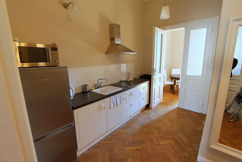antique-apartments-studencka-polska-widok.jpg