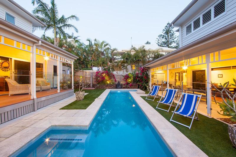 aaman-cinta-luxury-villas-australia-nowa-poludniowa-walia-byron-bay-pokoj.jpg