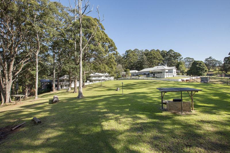 aaronlee-retreat-australia-ogrod.jpg