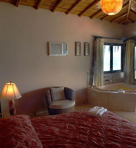 grandmare-bungalows-peru-peru-mancora-restauracja.jpg