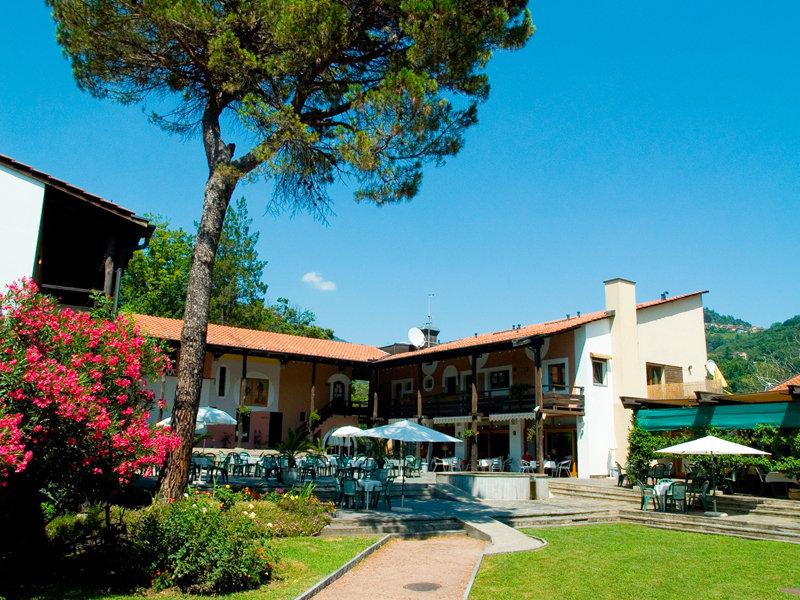 albergo-i-grappoli-szwajcaria-ticino-budynki.jpg