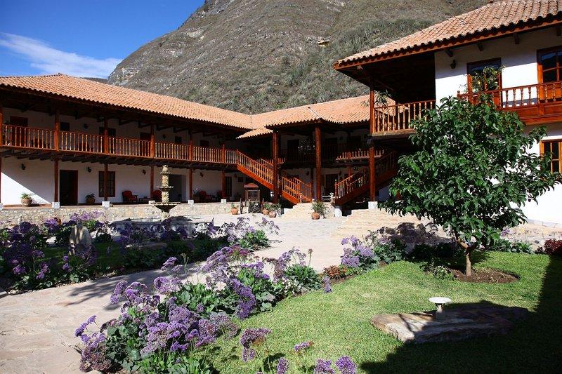 casa-andina-classic-chachapoyas-peru-bufet.jpg