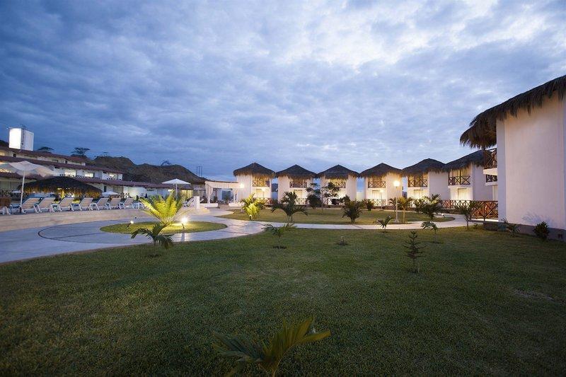 casa-andina-select-tumbes-peru-peru-zorritos-basen.jpg