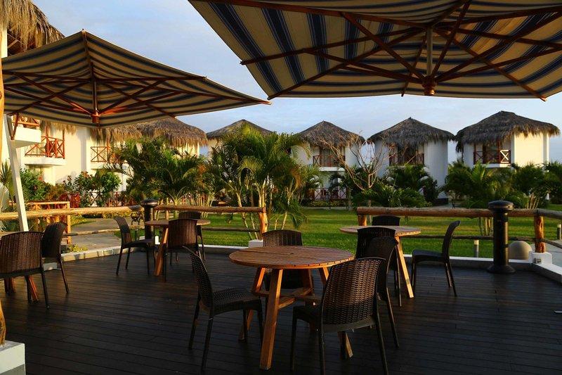 casa-andina-select-tumbes-peru-peru-zorritos-lobby-bufet.jpg