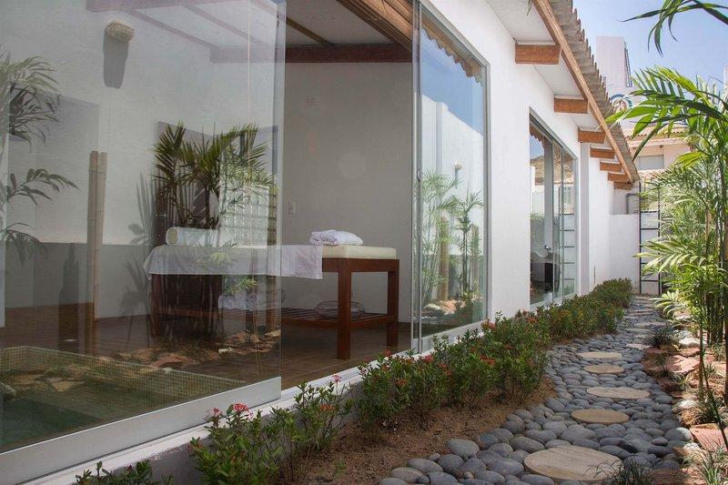 casa-andina-select-tumbes-peru-recepcja.jpg