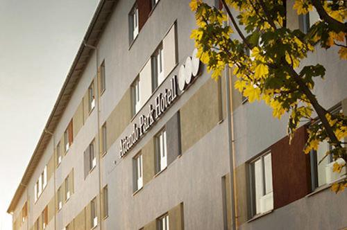 attendo-park-hotell-szwecja-srodkowa-szwecja-budynki.jpg
