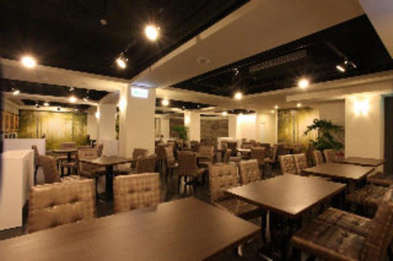ximen-citizen-hotel-main-building-tajwan-budynki.jpg