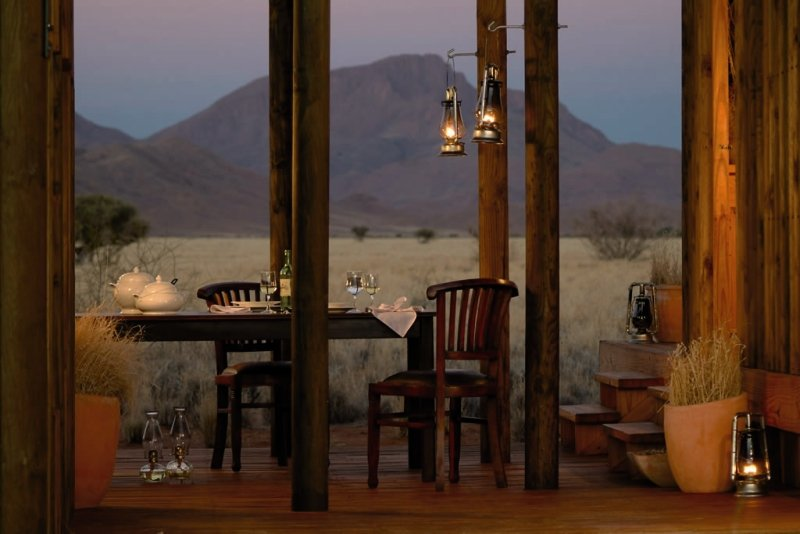 wolwedans-private-camp-g-namibia-namibia-namib-rand-restauracja.jpg