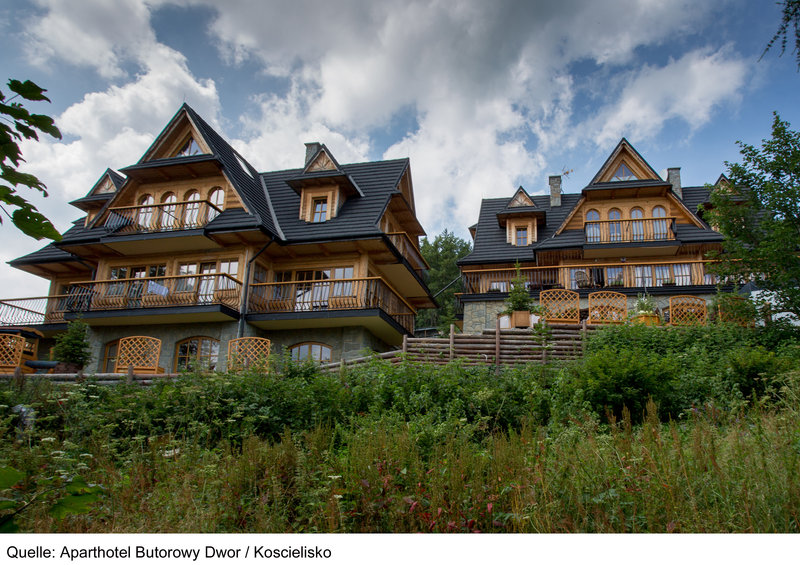 aparthotel-butorowy-dwor-aparthotel-butorowy-dwor-polska-wyglad-zewnetrzny.jpg
