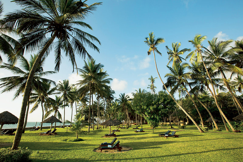 neptune-paradise-beach-resort-and-village-paradise-beach-resort-kenia-kenia-galu-beach-lobby.jpg