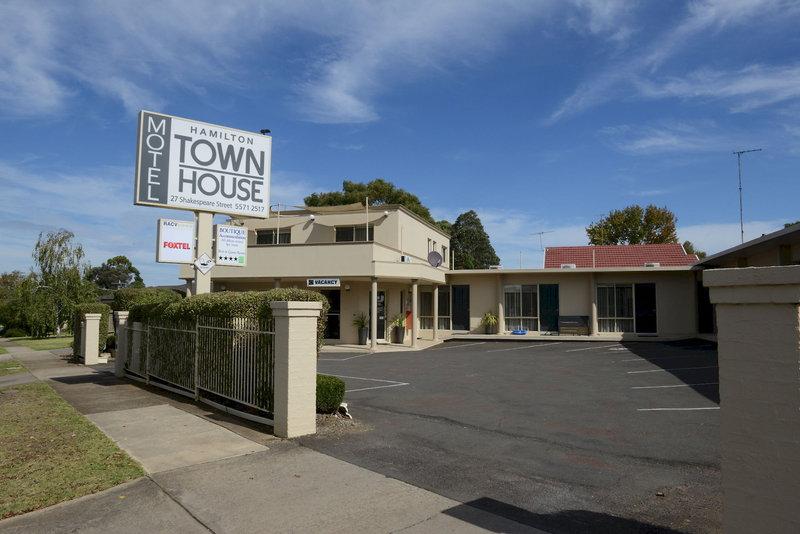 Hamilton Townhouse Motel