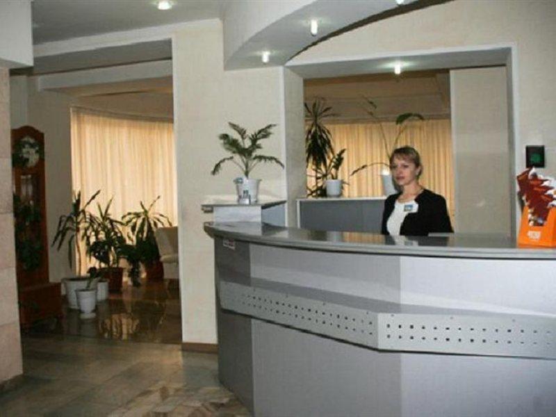 azalia-moldawia-moldawia-cahul-widok-z-pokoju.jpg
