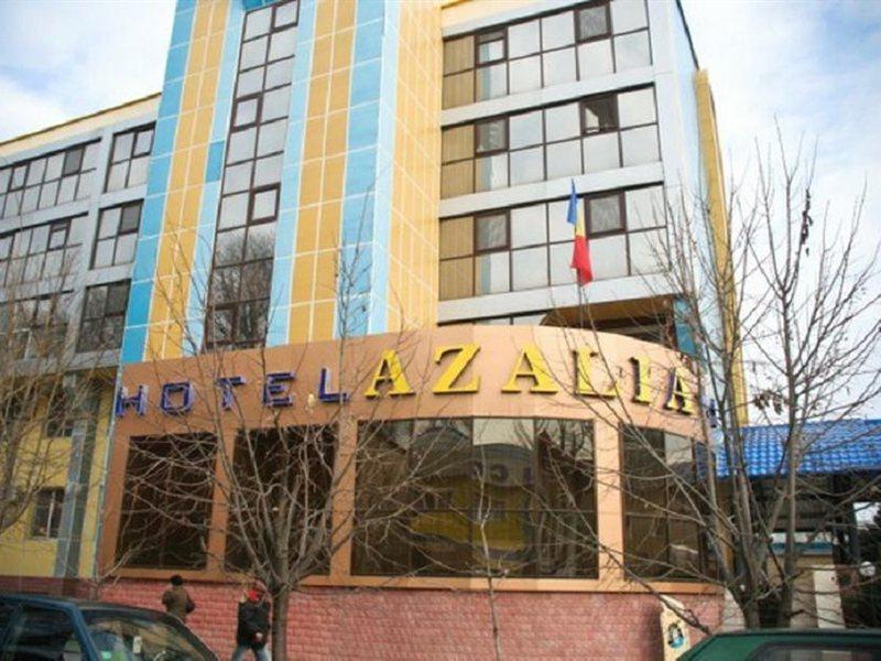 azalia-moldawia-plaza.jpg