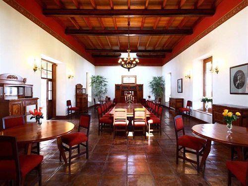 casa-hacienda-san-jose-casa-hacienda-san-jose-peru-lobby.jpg