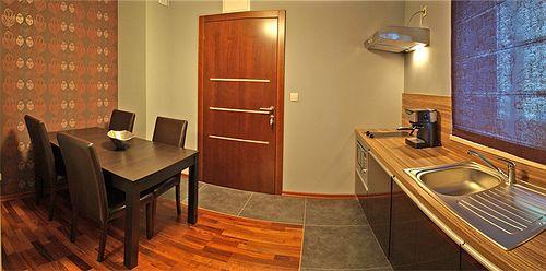apartamenty-spiacy-rycerz-apartamenty-spiacy-rycerz-polska-polska-plaza.jpg