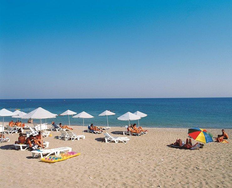 miraluna-resort-grecja-ogrod.jpg