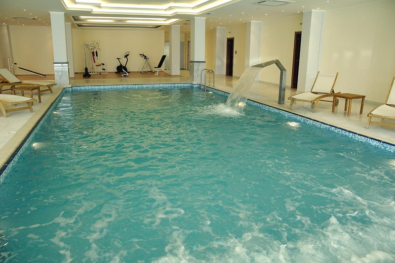 miraluna-resort-grecja-rodos-bufet.jpg