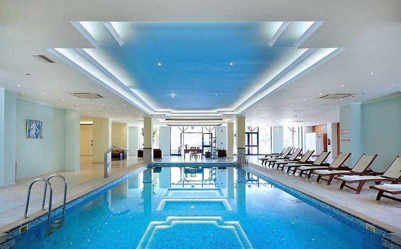 miraluna-resort-grecja-rodos-lobby.jpg
