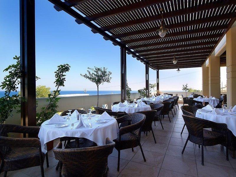 miraluna-resort-grecja-rodos-pokoj.jpg