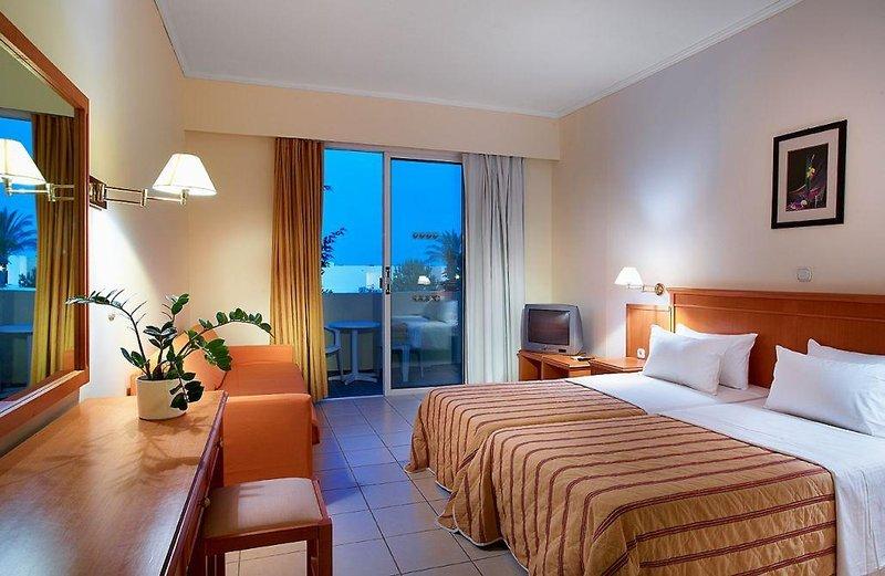 miraluna-resort-grecja-rodos-widok-z-pokoju.jpg