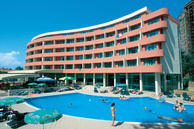 mena-palace-bulgaria-basen-restauracja.jpg