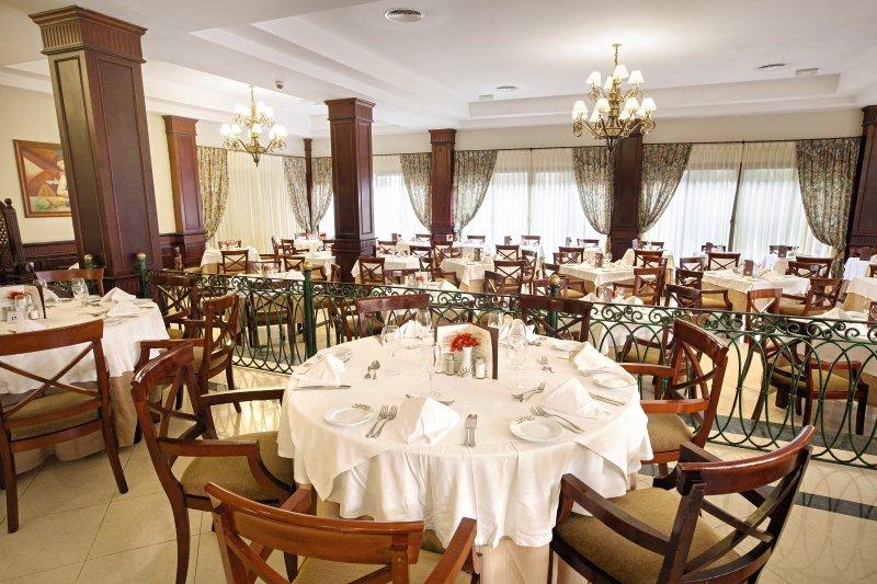 hotel-grand-bahia-principe-bavaro-dominikana-morze.jpg