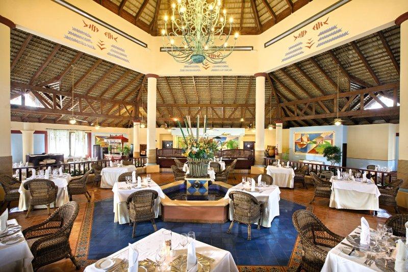 hotel-grand-bahia-principe-bavaro-dominikana-wyglad-zewnetrzny.jpg
