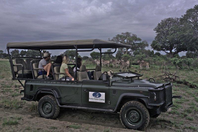 kana-kara-camp-botswana-park-narodowy-okavango-delta-plaza.jpg
