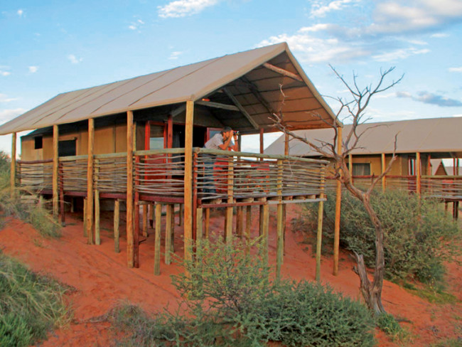 Suricate Tented Kalahari Lodge